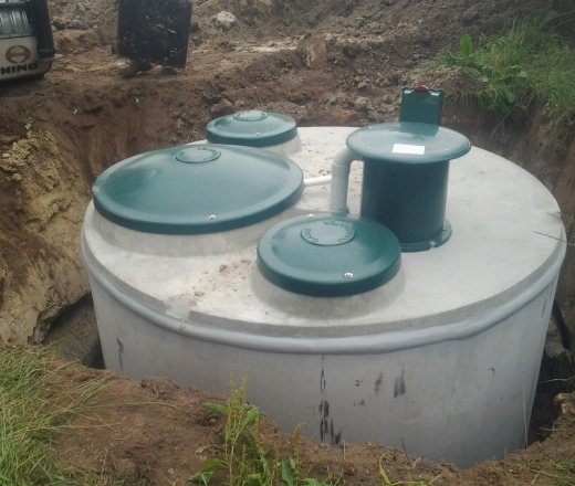 Plumbing hamilton septic tank installation drainage for Septic tank plumbing problems